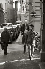 schiavit moderne - slaves of today (sharkoman) Tags: street calma ragazzo divieto uomini fretta automi