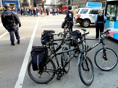 Police Blockade (silverfuture) Tags: chicago bus bicycle trek loop accident crowd police blocked officers cpd bikecops