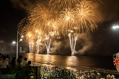 Reflected fireworks.- (Pablin79) Tags: longexposure sea party summer people beach water brasil digital canon eos reflex sand holidays fireworks newyear 5d vacations pipa camboriu markii canoneos5dmarkii 5dmkii pabloreinsch pabloreinschphotograph