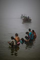 Puja in the Fog (carbajo.sergio) Tags: india river varanasi hinduism kashi puja ganges offerings benares d600 saylluiiis