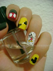 Desafio Animal II - #13 - Ratinho (Eva Super) Tags: animal mouse disney mickey preto avon rato branca nailart adesivo risqu fosco desafio ratinho ptala colorama amarelinha desafioanimalii nailartmickey