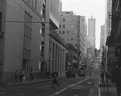 BUSY (fffreds) Tags: sf sanfrancisco california street people cars public buildings walking san francisco district financialdistrict busy pedestrians sacramento financial sacramentostreet