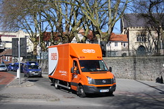 Bristol Parcels (Moving Britain) Tags: volkswagen bristol tnt mx12czm