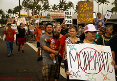 Monsanto GMO march in Hilo (Noel Morata) Tags: patents nomonsanto milionsagainstmonsantousmarches stopmonsanto gmoprotestimages monsantohilomarch2013 nogmohawaiimarch nogmoimages nogmorally gmorallyinhilo bigislandagainstgmo aolegmohawaii