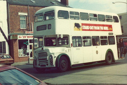 Blackpool Corporation Leyland Titan PD3A/1/MCW H41/30R 517 HFR517E