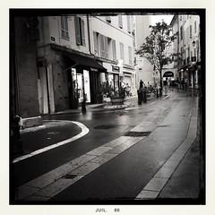 Aix en Provence l't la pluie juste mon iPhone... (Jygo13) Tags: hipstamatic