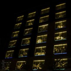 Portraits 4X6 (cjuliecmoi) Tags: nuit architecture portrait musique chanteur longueexposition longexposure night music