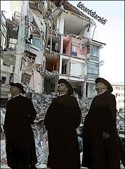 MANUALE (edoardo.baraldi) Tags: manualedelsesso terremoto soccorso aiuto recidivi pondificioufficioperlafamiglia morale preti sessofobia catechismo corvi uccellaci