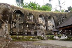 Gunung Kawi (Cagsawa) Tags: balinese bali indonesia asia shrine temple carve carving stone rock monument gunung kawi gunungkawi ubud rural outdoor statue valley