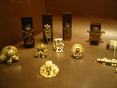 Galeria Cano, Bogota, 2004 (jlfaurie) Tags: galeriacano bogota 2004 jlfr jlfaurie cano colombie colombia mpmdf mechas art hamacs hamacas prcolombien arte precolombian colombian