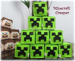 Creeper- Minecraft (Fofurebas - By Jackie) Tags: minecraft creeper decoraodefestas decoraoinfantil decoraodemesa centrosdemesa cacheps lembrancinhas festaparameninos festainfantil fofurebas
