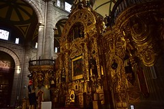 Gilded altar (orientalizing) Tags: 15731813 altar americas architecture assumptionofthevirgin baroque cathedral church gilded metropolitancathedral mexico mexicocity