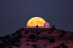 Harvest Moon and Lick (Jaykhuang) Tags: harvestmoon lickobservatory mthamilton fullmoon moonrise september 2016 sanjose bayarea jayhuangphotography midautumnfestival