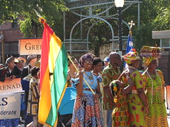 Ghana at the International Folk Festival Parade (Gerry Dincher) Tags: internationalfolkfestival fayetteville cumberlandcounty northcarolina marketsquare personstreet haystreet multicultural folk colorful boldcolors brightcolors international ghanian ghana african tradtional tradtion flagofghana