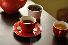 Day 4.365 - Green Tea in Red Cups (anshu_si) Tags: stilllife tea greentea redcups dsc254201