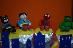 DSC00378 (smalles) Tags: spiderman superman superhero batman hulk fondant