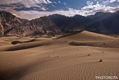 DESERT IN SKARDU (PHOTOROTA) Tags: pakistan light nature landscape sand nikon flickr desert soe abid skardu greatphotographers karakuram flickraward concordians goldstaraward nikonflickraward flickraward flickrbronzetrophygroup flickrtravelaward photorota besteverdigitalphotography