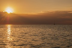 Coucher soleil Bayahibe (PhilStrat) Tags: republica sunset beach landscape island soleil paradise coucher ile punta dominicana cana isla republique caribe caribean saona bayahibe caraibes dominicaine
