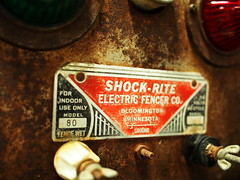 David Beck - Shock Warning (David.Beck) Tags: david electric rust beck ham device machinery beckham shock knobs becks davids electricfence oldtimey davidbeck