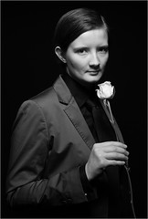 WoMan with Rose (Ruedi Staehli) Tags: portrt cls foto1