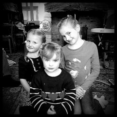 Grace, Mia and Isabella (Laura_riggy) Tags: smile butterfly princess sister brother daughter son grandad bathtime valentinesday 50shadesofgrey