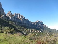 serralada (matilde.m.s) Tags: mountains montagne montserrat montaña muntanya santacecília