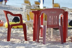 Coca-Cola Chairs (withUibelong) Tags: ocean red sea beach umbrella table mexico sand chairs caribbean cocacola islamujeres caribe quintanaroo outdoordining playanorte withuibelong