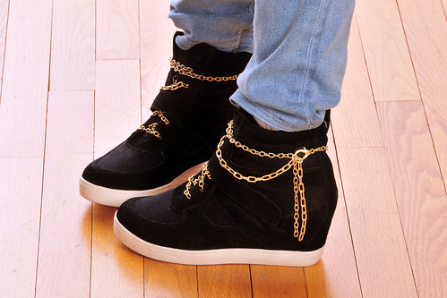 gold shoes crafts makeover swag tutorial shoelaces sneakerwedges