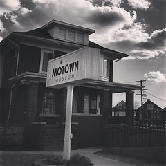 Motown Museum (countfeed) Tags: blackandwhite bw square michigan detroit willow squareformat motown hitsvilleusa iphoneography instagramapp uploaded:by=instagram foursquare:venue=4bd09b6741b9ef3bf26efae5