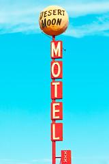 Desert Moon Motel (Thomas Hawk) Tags: clarkcounty desertmoonmotel lasvegas nevada usa unitedstates unitedstatesofamerica vegas motel neon