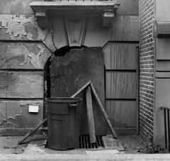 Harlem Still Life, 2015 (Jack Toolin) Tags: harlem newyork newyorkcity stilllife blackandwhite mediumformat film mamiya twinlens urban abject jacktoolin