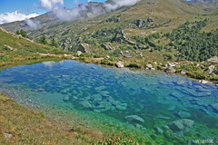 Le Lac Vert (Masse Wilfrid) Tags: vallée de maurienne savoie france montagne lac vert maison tradition traditionnel paysage valmeinier 1800