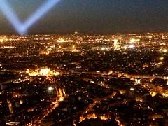 Changing of the lights (rain_malit) Tags: france arcdetriomphe europe skyline lights tower night paris eiffel