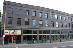 Portland, OR - Pearl District - Powell's Books (jrozwado) Tags: northamerica usa oregon portland pearl district powells bookshop store shopping