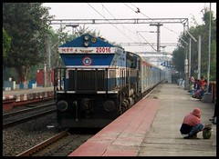 12041 HWH-NJP Shatabdi Express cruising through Balarambati with SGUJ WDP-4 20016 at its helm.. (ANKIT_16147R) Tags: ir er indianrailways 20016 emd nfr irfca 12041 wdp4 sguj balarambati hwhnjpshatabdiexpress