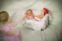 The twins (RINGone1) Tags: portrait baby sisters canon twins siblings newborn lumopro lp160