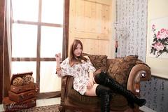 signed.nEO_IMG_IMG_6045 (Timer_Ho) Tags: portrait cute sexy girl beauty canon studio pretty sweet monica  seira    eos5dmarkii