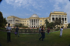 Bengal Governor's House (lokenrc) Tags: pillars calcutta governorshouse