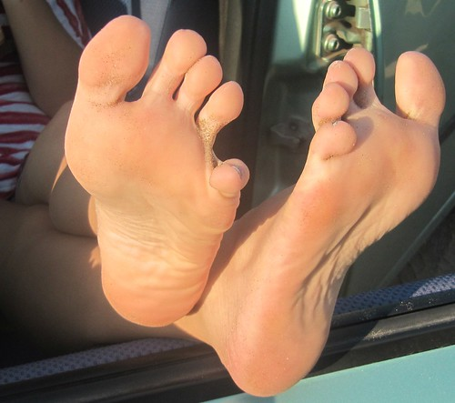 Sexy soles toes