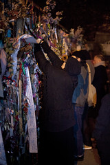 Cross Bones Graveyard - 3 (Paulo Dykes) Tags: graveyard ribbons gates vigil prostitutes southwark burialground johnconstable theborough crossbonesgraveyard redcrossway graverobber bishopofwinchester winchestergeese resurrectionmen unconsecratedgraveyard libertyoftheclink