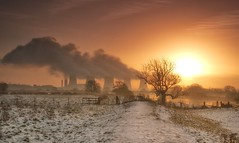Winter warming-Explored (Captain Nikon) Tags: winter snow sunrise golden explore atmospheric rivertrent explored ratcliffepowerstation nikond90 flickrandroidapp:filter=none condensingwatervapour