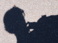 Undecided (la Ezwa) Tags: uk shadow england selfportrait autoportrait ombre angleterre berkshire 2011 royaumeuni grandebretagne ezwa