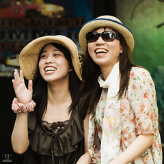 . . . fun (banphotography) Tags: girls sunglasses fashion hats tourists japanesegirls prettygirls surfersparadise goldcoast