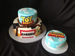"Toy story cake with smash • <a style=""font-size:0.8em;"" href=""http://www.flickr.com/photos/60584691@N02/8547867694/"" target=""_blank"">View on Flickr</a>"