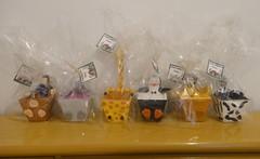 Lembrancinhas embaladas (Ateliê Cláudia Freitas (antigo Biscuit by Taudia) Tags: alex gloria biscuit marty madagascar pinguim melman lembrancinha lembrancinhas porcelanafria