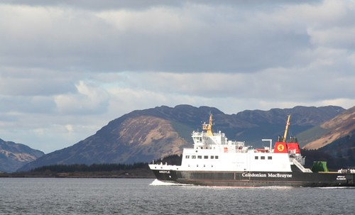 CalMac Argyle ferry coming on to Rothesay