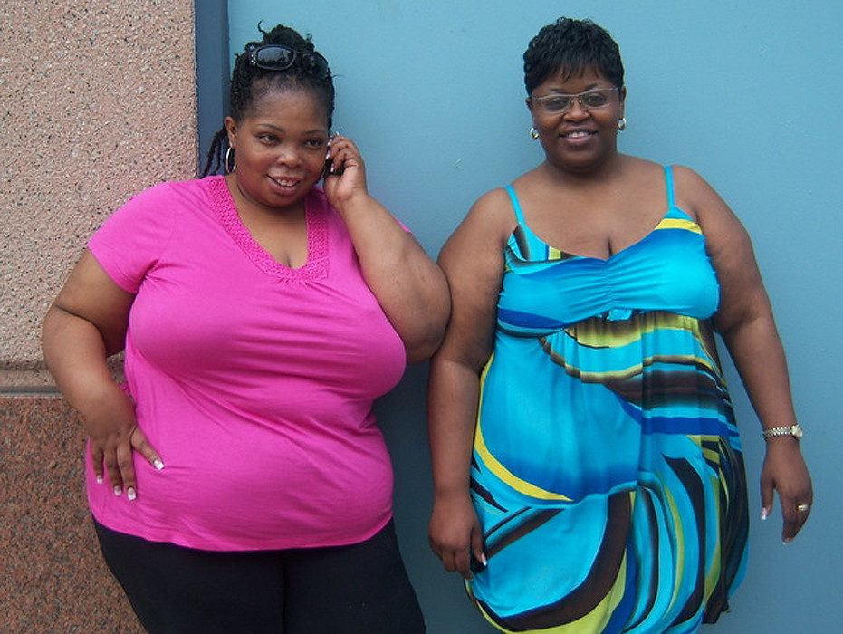 Plus-size motherhood (6) (Plus-sized Moms: Size-Postive