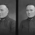 PEM-CHA-N00743 Portrett av mann i uniform thumbnail