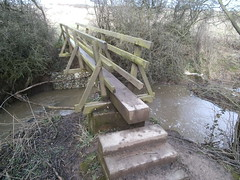 Lees Brook, Chaddesden, Derby (eamoncurry123) Tags: public footbridge derbyshire brook footpath derby lees publicfootpath leesbrook