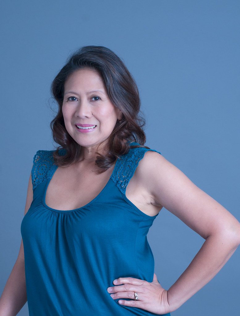 hero-filipina-virginia-pantie-secretary-upskirt